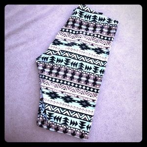 Charlotte Russe tribe print full length leggings